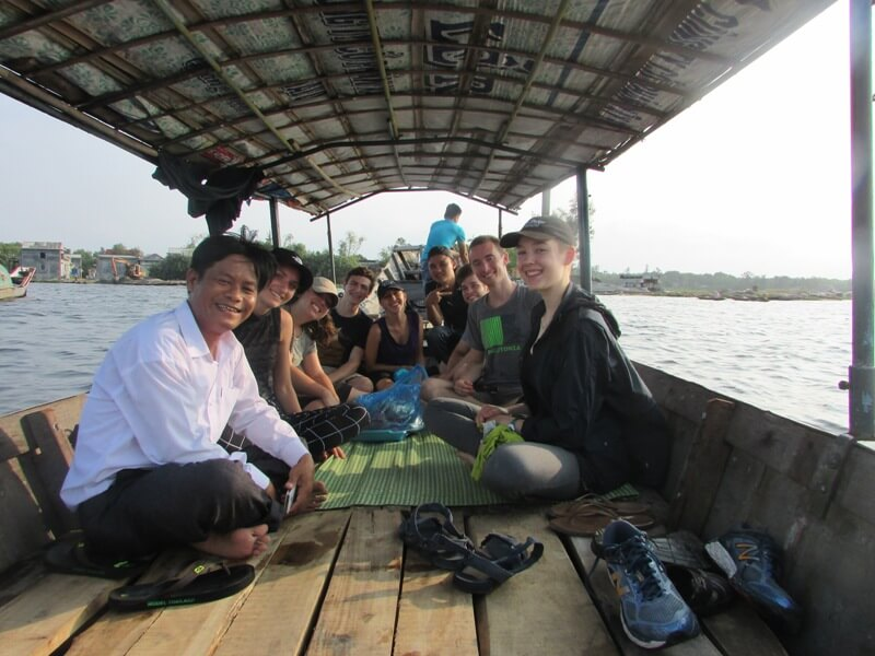American students and Community-Based Ecotourism in Tam Giang Lagoon