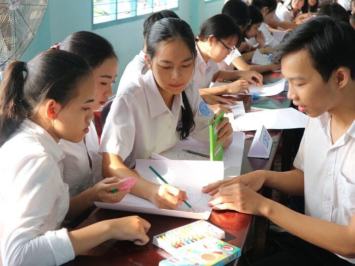 (Tiếng Việt) Tin dự án: Hoạt động phân loại tái chế tại các trường học