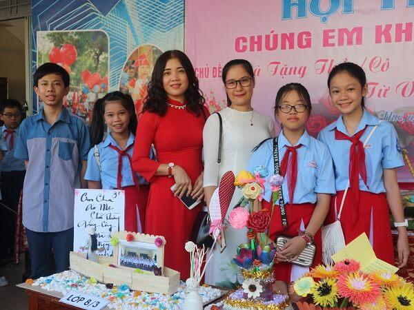 (Tiếng Việt) Sáng tạo thực hiện quà tặng thầy cô giáo từ vật liệu tái chế