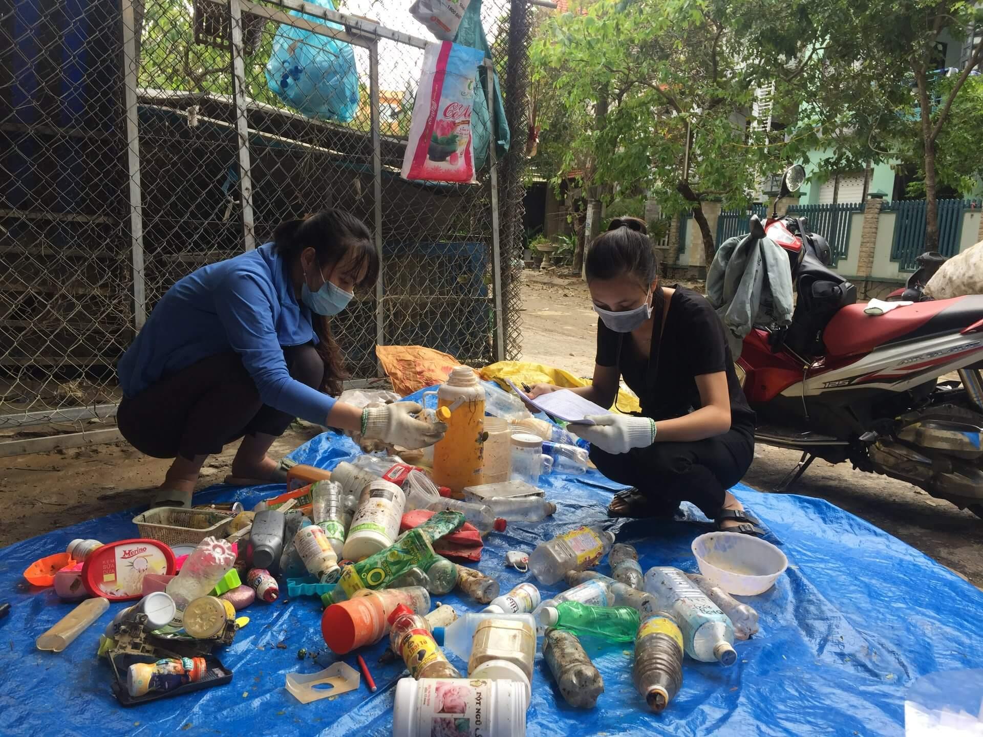 Giảm ô nhiễm rác thải nhựa từ việc kiểm toán thương hiệu rác thải
